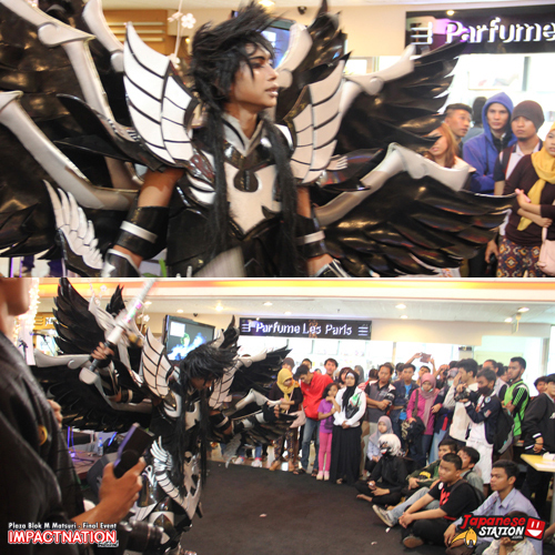 17 Cosplayer