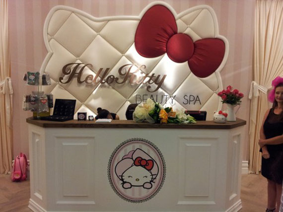 1worlds-first-hello-kitty-beauty-spa-in-dubai-6