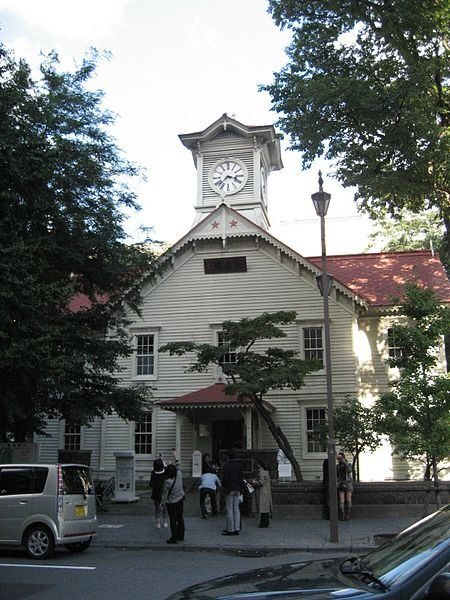 top-five-worst-places-to-visit-in-japan5 - sapporo clock tower