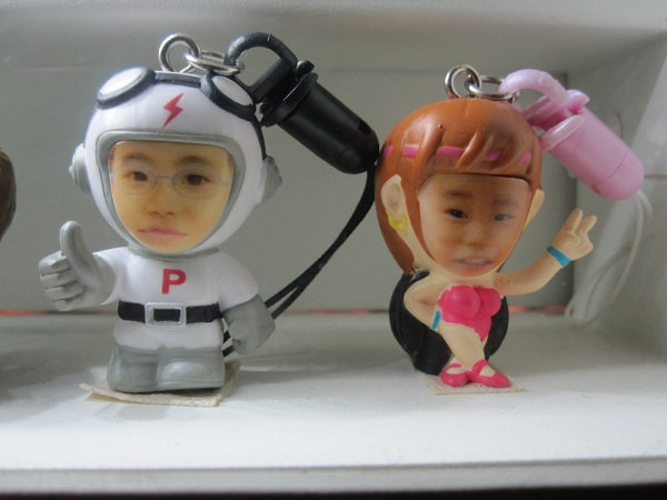 your-face-on-figurines-003