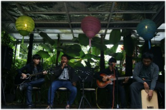 Sephirot Live Acoustic Perform. Foto By: isal