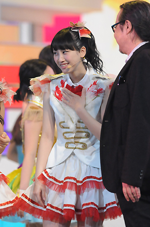 Behind-the-Scenes-at-SKE48s-Kohaku-Uta-Gassen-Rehearsal-12