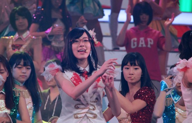 Behind-the-Scenes-at-SKE48s-Kohaku-Uta-Gassen-Rehearsal-14-620x400