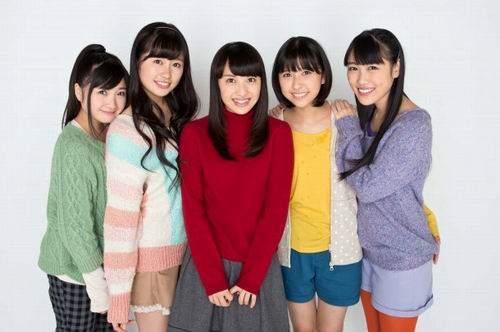 Momoiro-Clover-Z-becomes-Twinkle5-in-Christmas-Drama-Tenshi-to-Jump-03