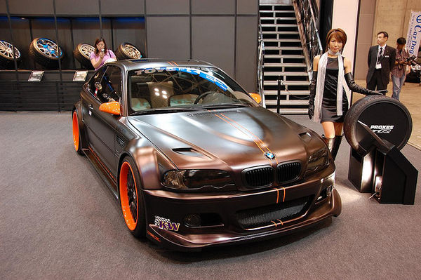 bmw-showroom-japan-766