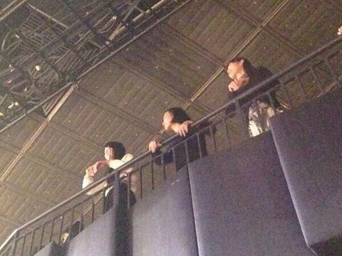 16 perfume was at the ONE OK ROCK concert in NY credit to the rightful