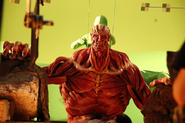 Attack on Titan Live-Action Special Effects (1)