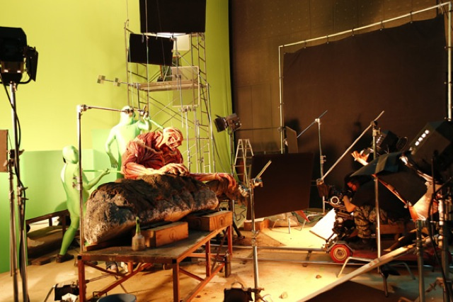 Attack on Titan Live-Action Special Effects (3)