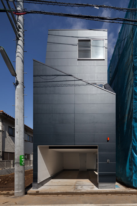 House-in-Fukasawa-by-LEVEL-Architects (7)