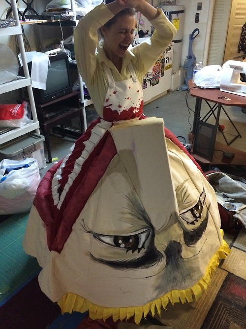 attack-on-titan-erens-mother-cosplay