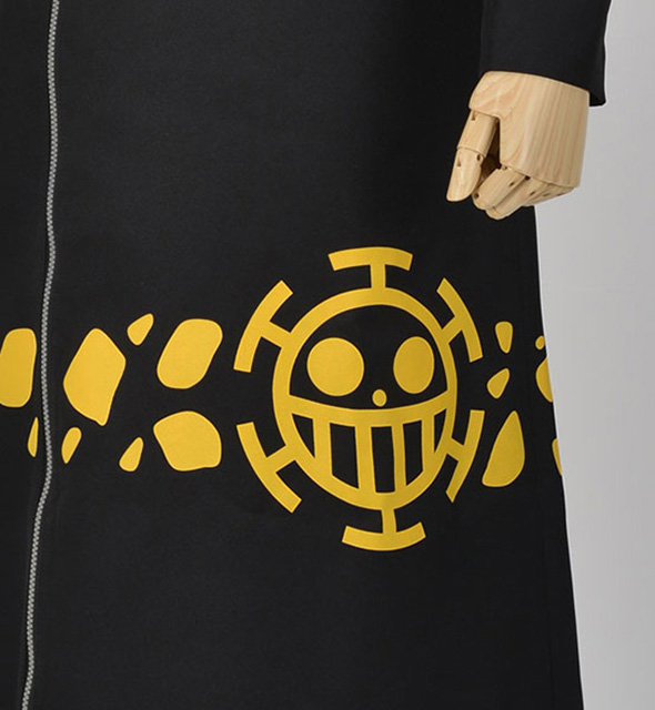 one-piece-trafalgar-law-costume-03