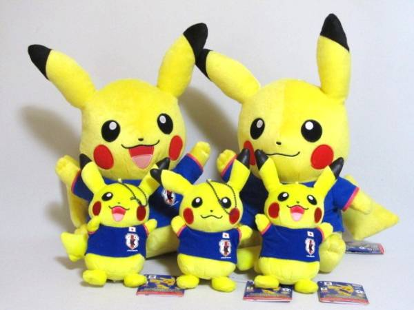 pokemon-pikachu-world-cup-2014-05