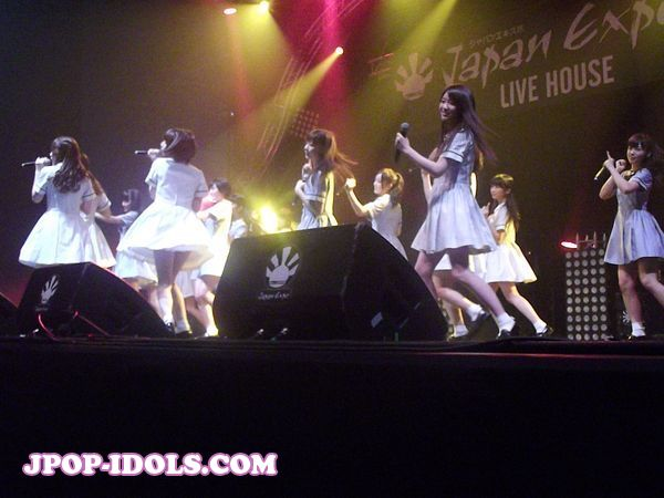nogizaka46-live-japan-expo-15