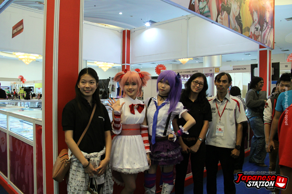 FOTO 10 BOOTH REON 01