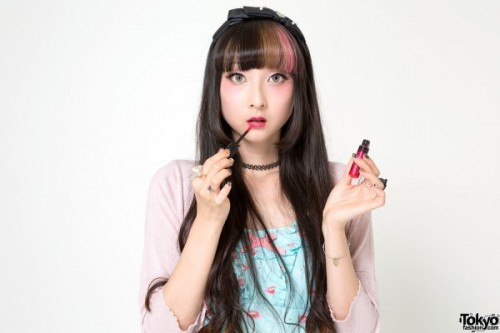 RinRin-Doll-Makeup-Tutorial-14-92A0219-600x400