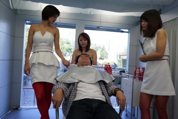 Japanese Models Wash Your Hair (2)
