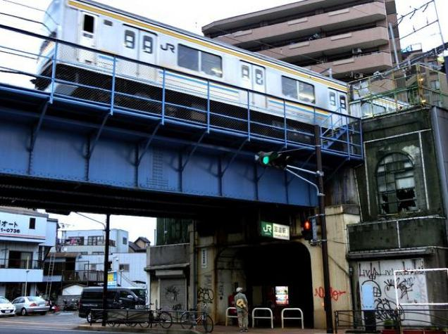 Japan's Scariest-Looking Train Stations (2)