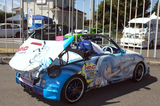 itasha cosplay driving school (20)