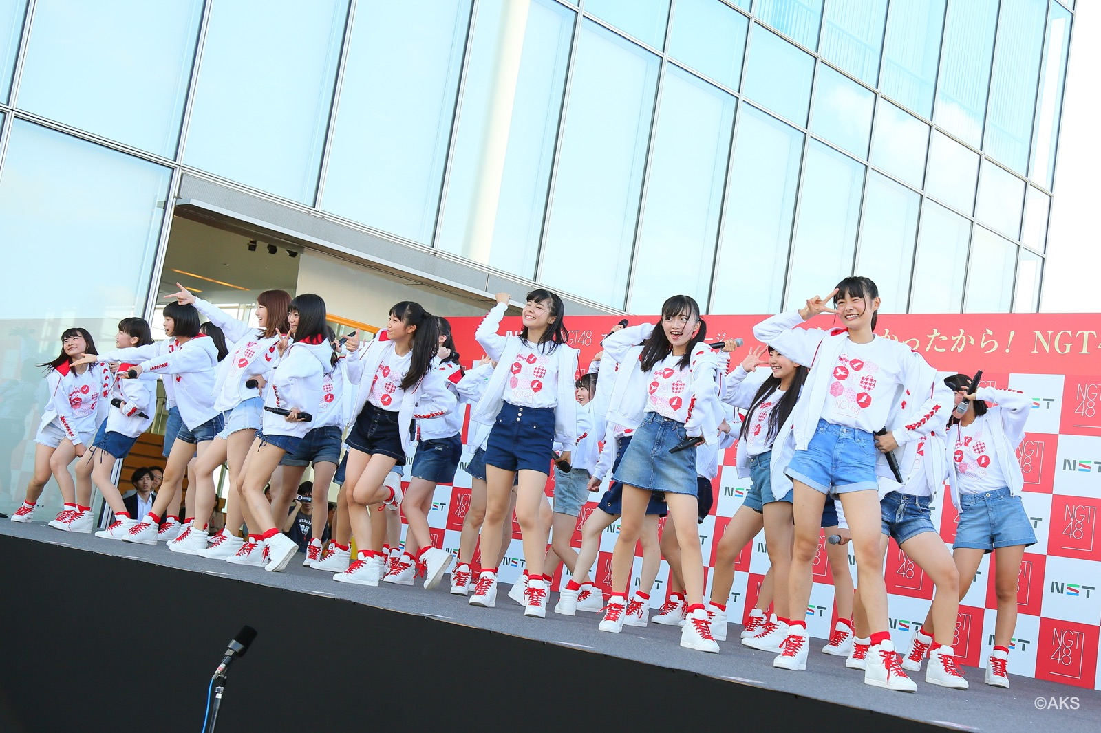NGT48 2nd costume