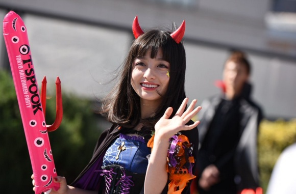 Kanna Hashimoto Queen of Halloween