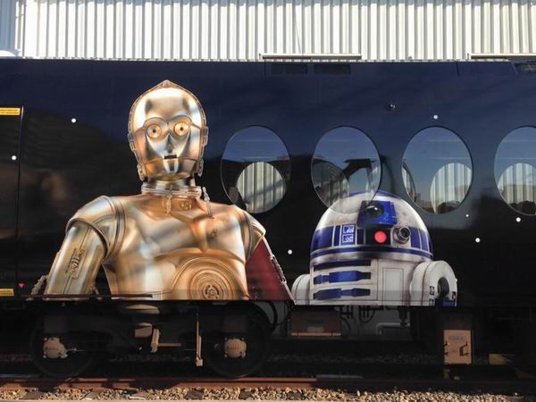 The Force is strong with this one Kereta Star Wars kini telah hadir di Jepang (3)