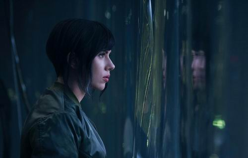 Tampilan Scarlett Johansson Di Film Live-Action Ghost in the Shell Hollywood (2)