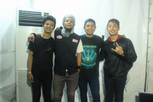 Tour Album Perdana Alison Rock, Revelation (18)