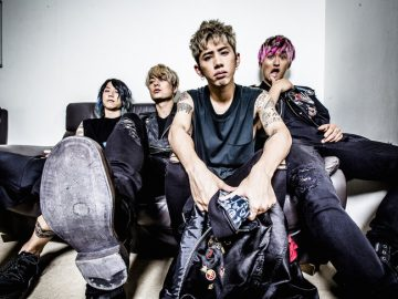 Video Musik ONE OK ROCK