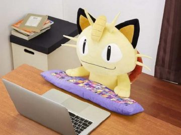 bantal PC Meowth