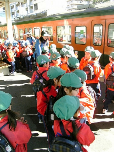 5a school-children-in-Japan-839