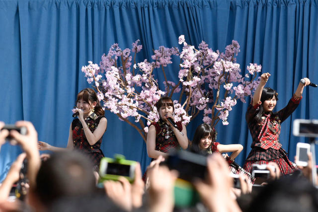 AKB48 tampil di acara 'JAPAN DAY' di New York (3)