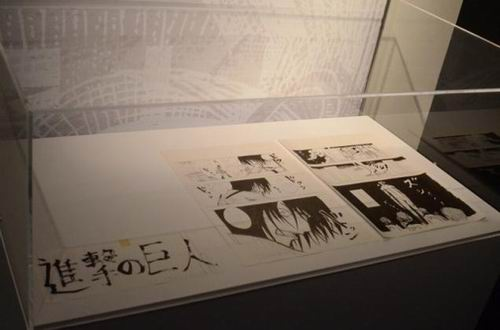 Attack on Titan Exhibit peek (7)
