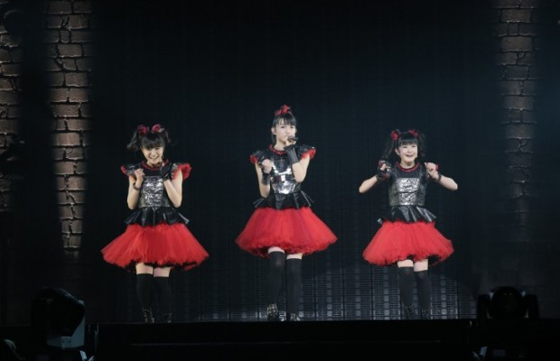 BabyMetal-to-Hold-Their-Largest-Concert-to-Date-at-the-Makuhari-Messe-620x400
