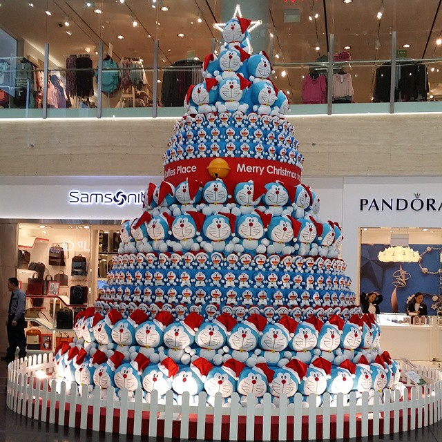 doraemon christmas tree (3)