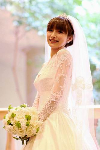 maki-goto-marriage-large (1)
